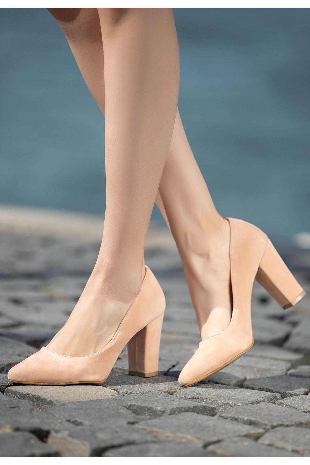 Edri Pudra Süet Topuklu Ayakkabı