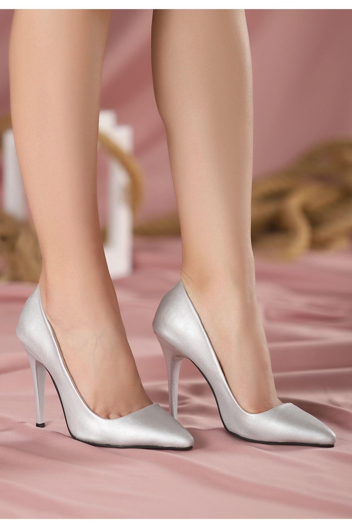 Reme Gümüş Cilt Stiletto Ayakkabı