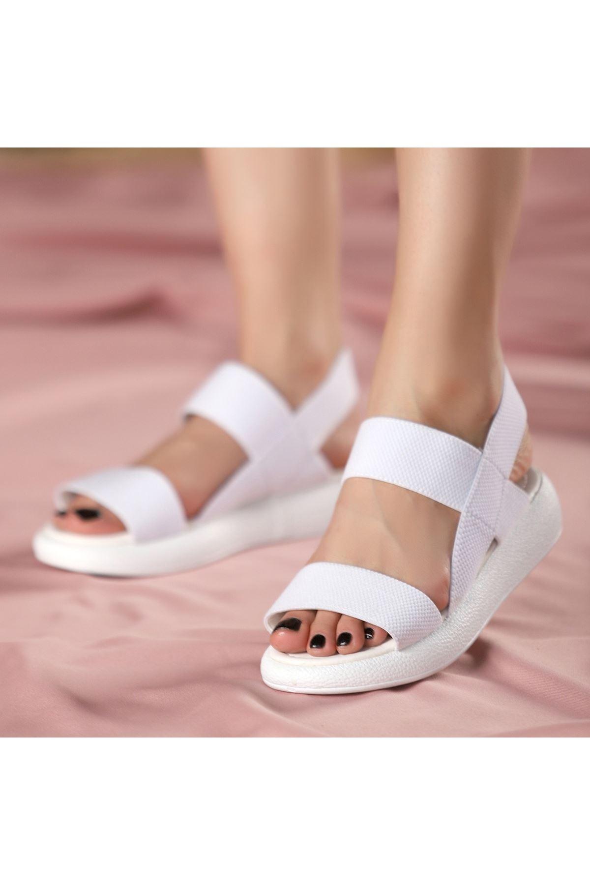 Margine Beyaz Sandalet