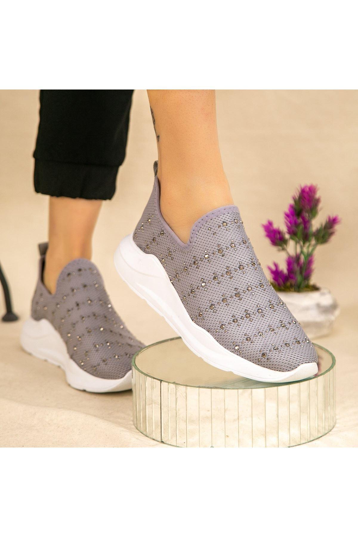 Ejox Gri Boncuk İşlemeli Spor Ayakkabı