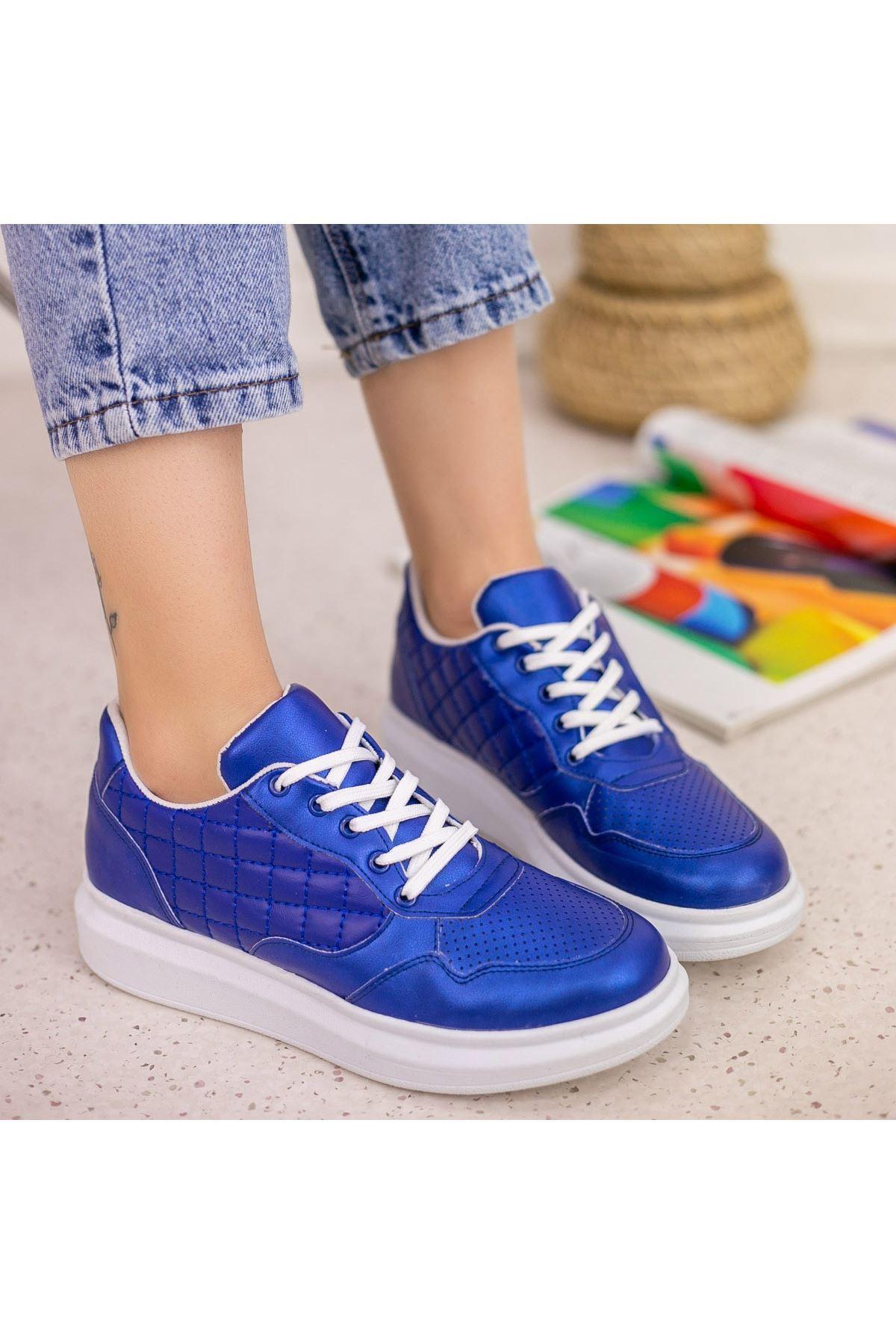 Lari Saks Mavisi Cilt Bağcıklı Spor Ayakkabı