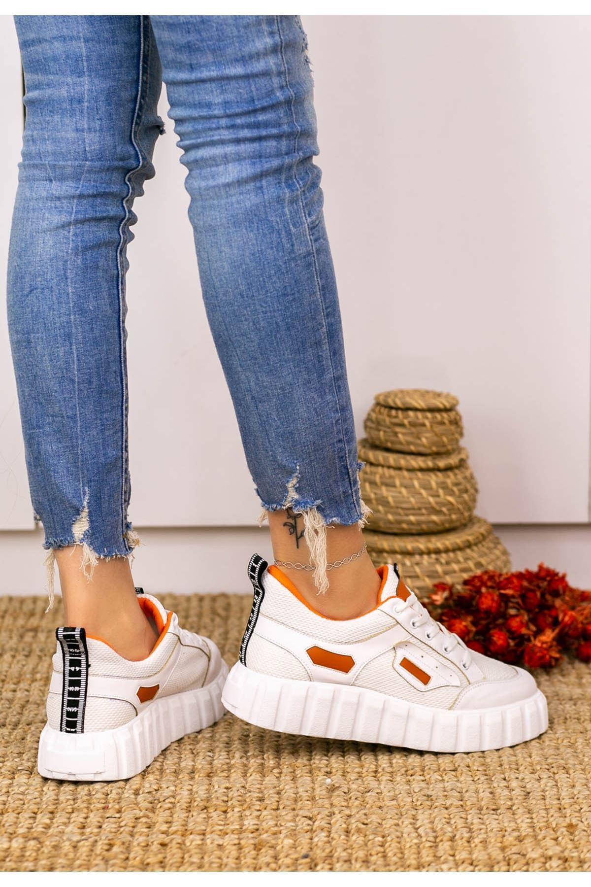 Adna Beyaz Cilt Bağcıklı Spor Ayakkabı