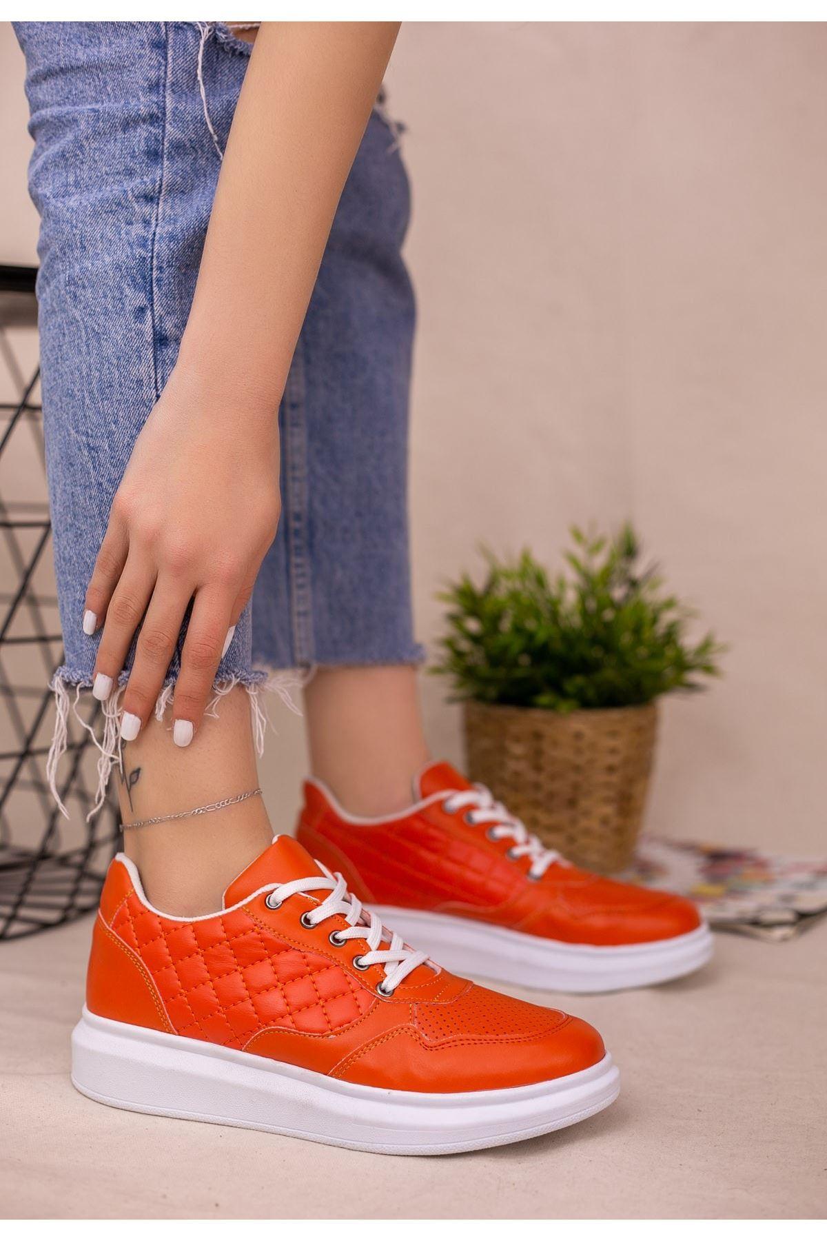 Lari Turuncu Cilt Bağcıklı Spor Ayakkabı