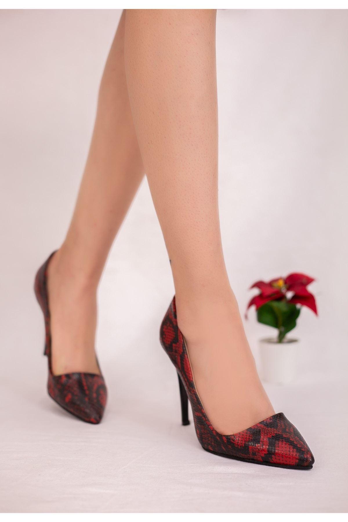 Reme Bordo Cilt Yılan Detaylı Stiletto Ayakkabı