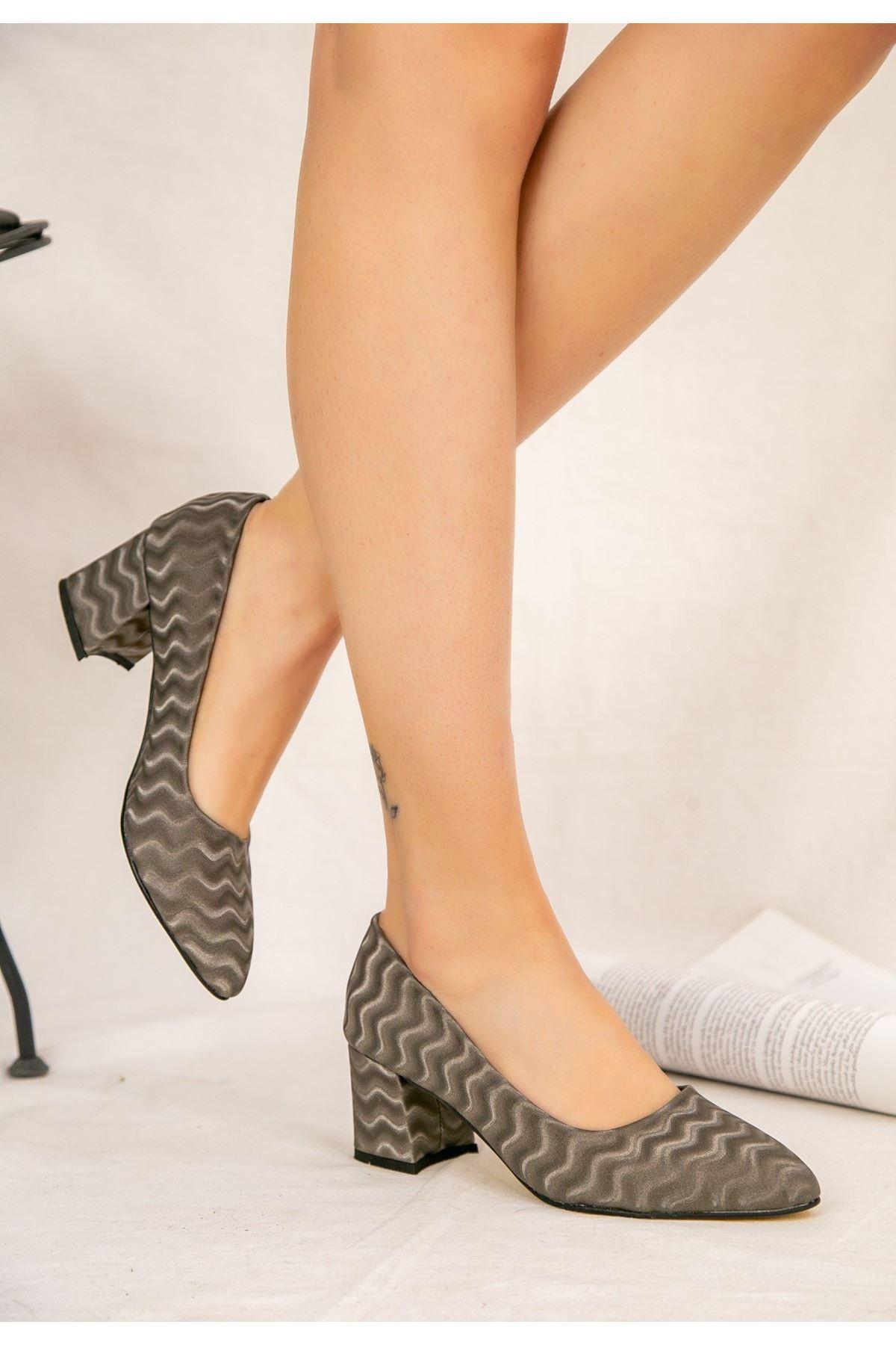 Ziori Füme Süet Desenli Topuklu Ayakkabı