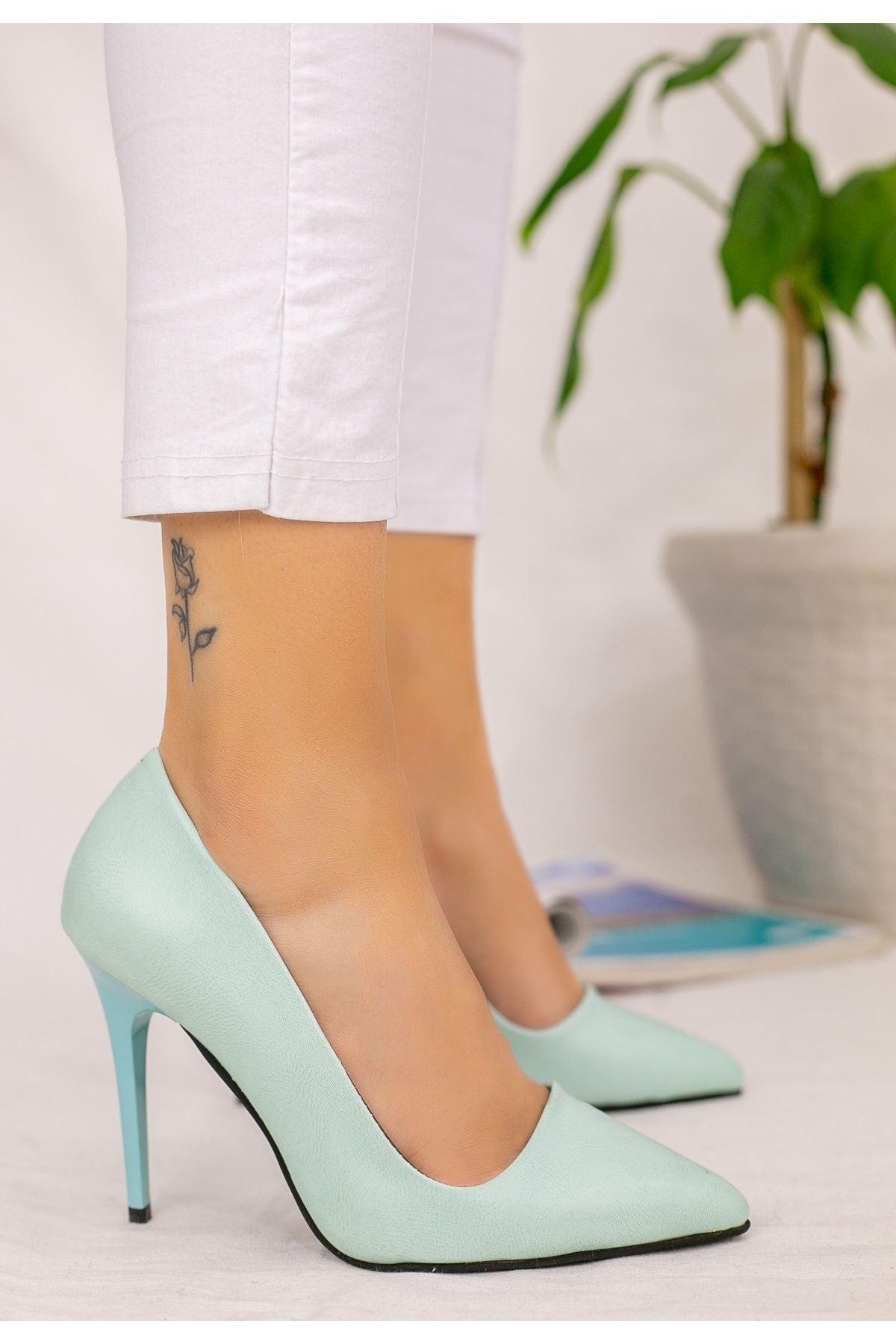 Reme Su Yeşili Cilt Stiletto Ayakkabı