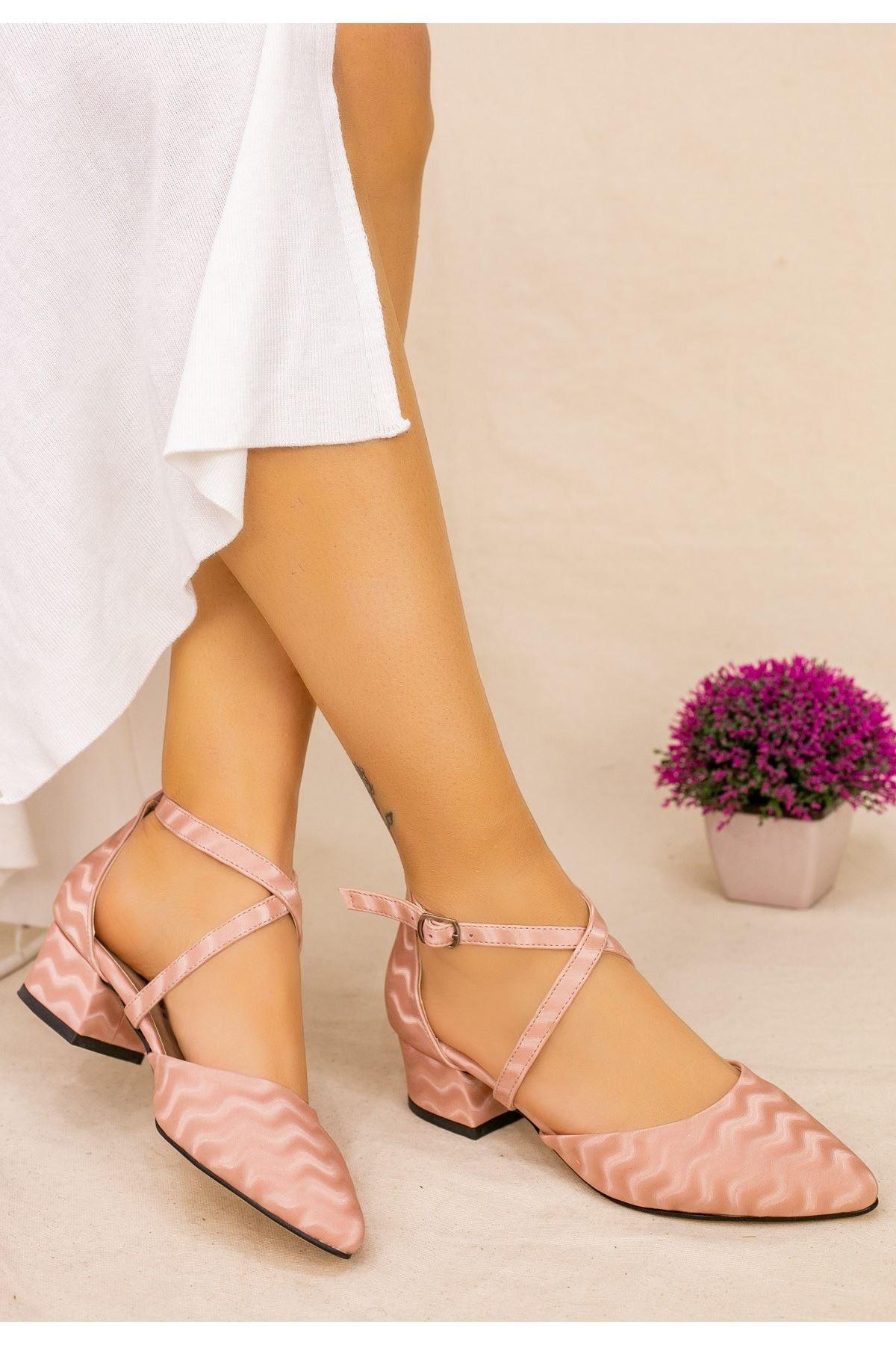 Toju Pudra Süet Desenli Topuklu Ayakkabı