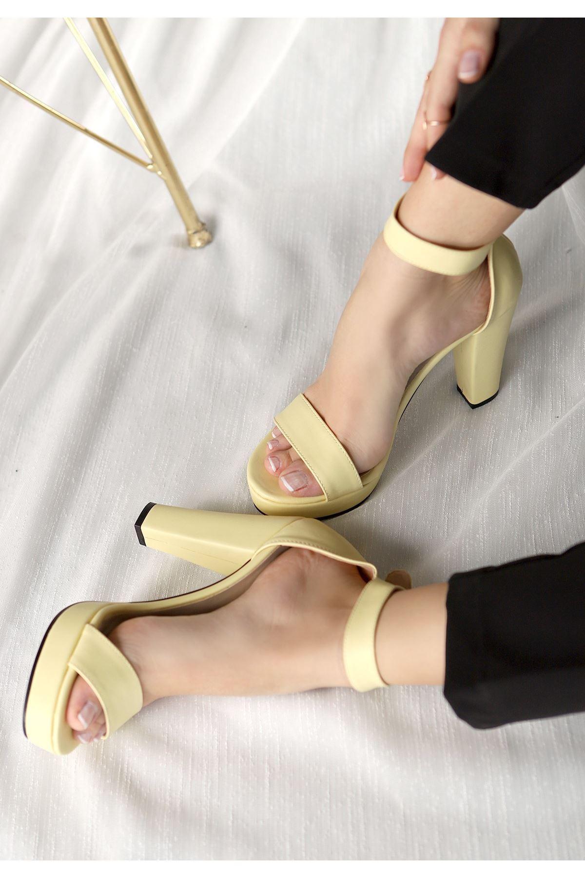 Oxin Sarı Cilt  Platform Topuklu Ayakkabı