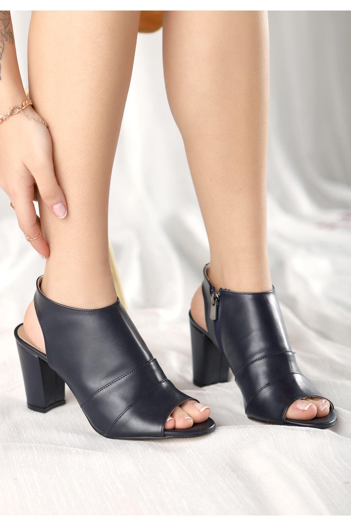 Dolly Lacivert Cilt Topuklu Ayakkabı
