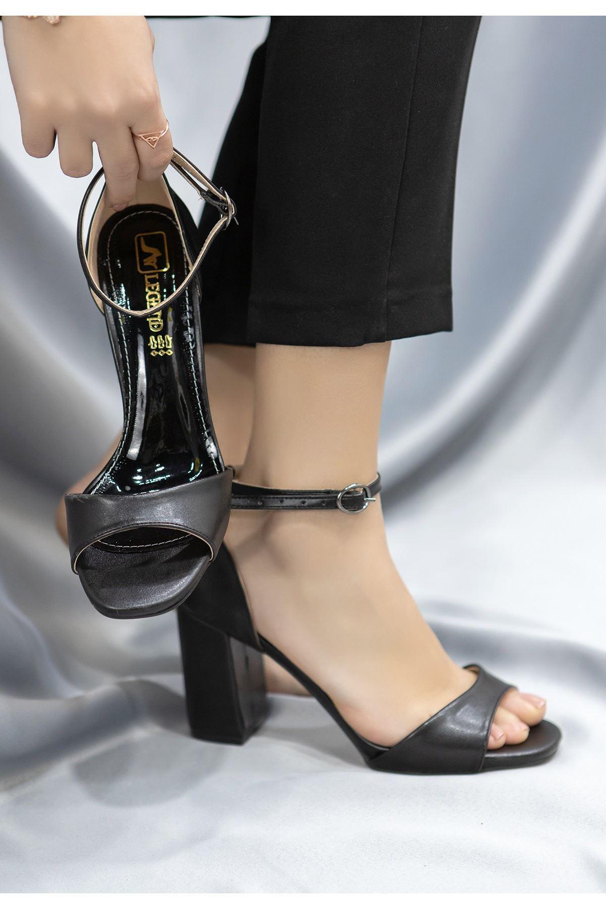 Brex Siyah Cilt Topuklu Ayakkabı