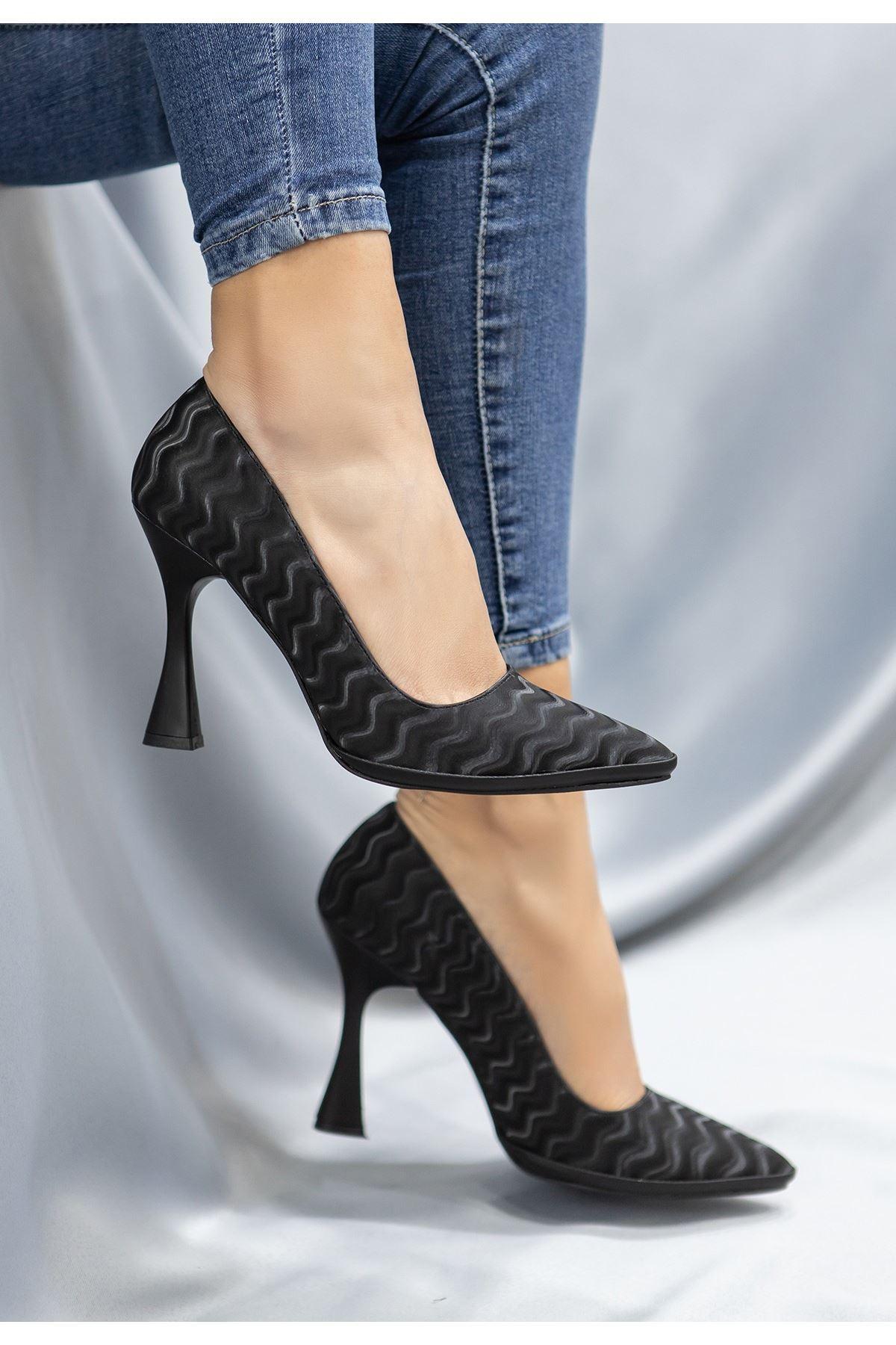 Lite Siyah Süet Topuklu Ayakkabı