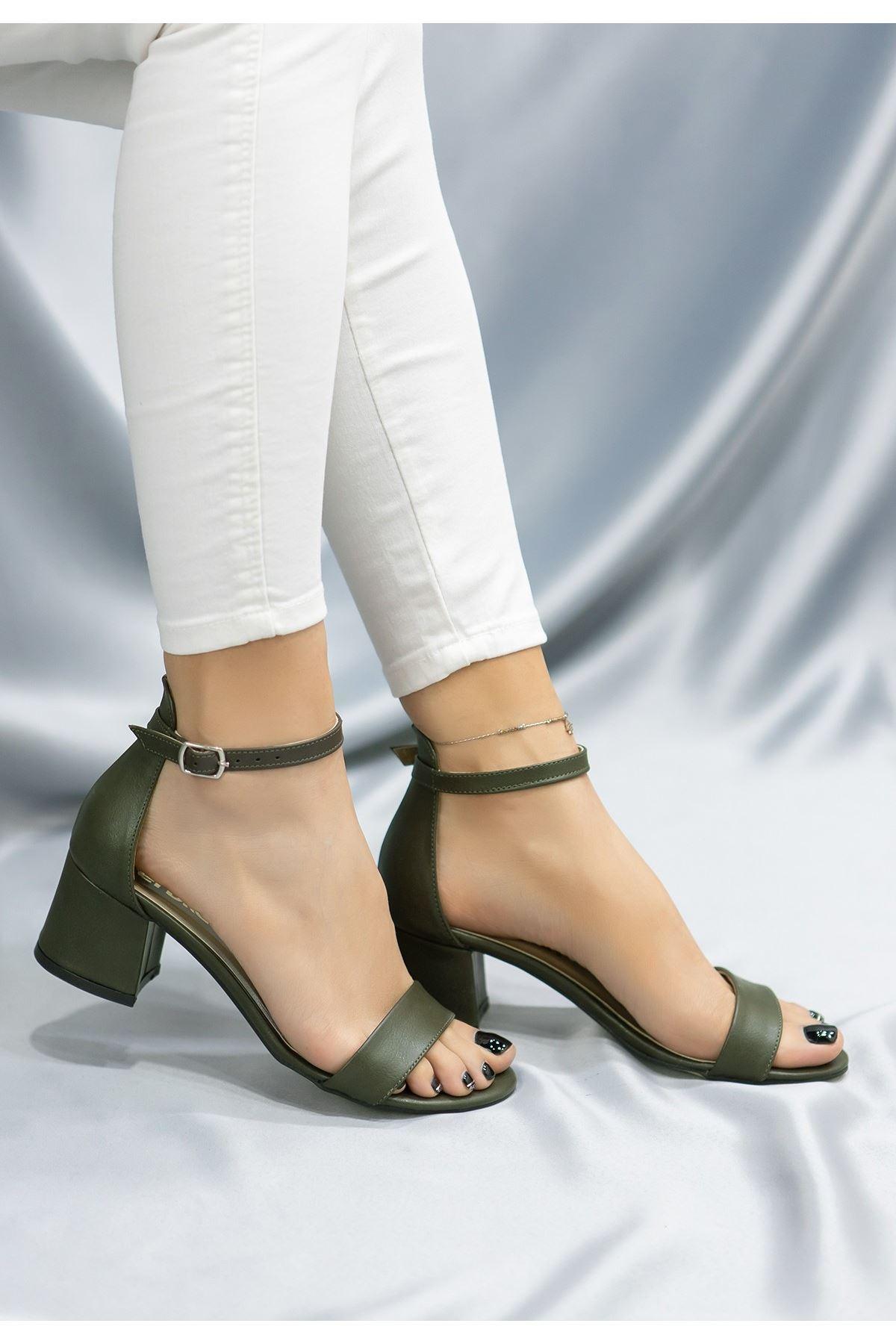 Epon Koyu Yeşil Cilt Tek Bant Topuklu Ayakkabı