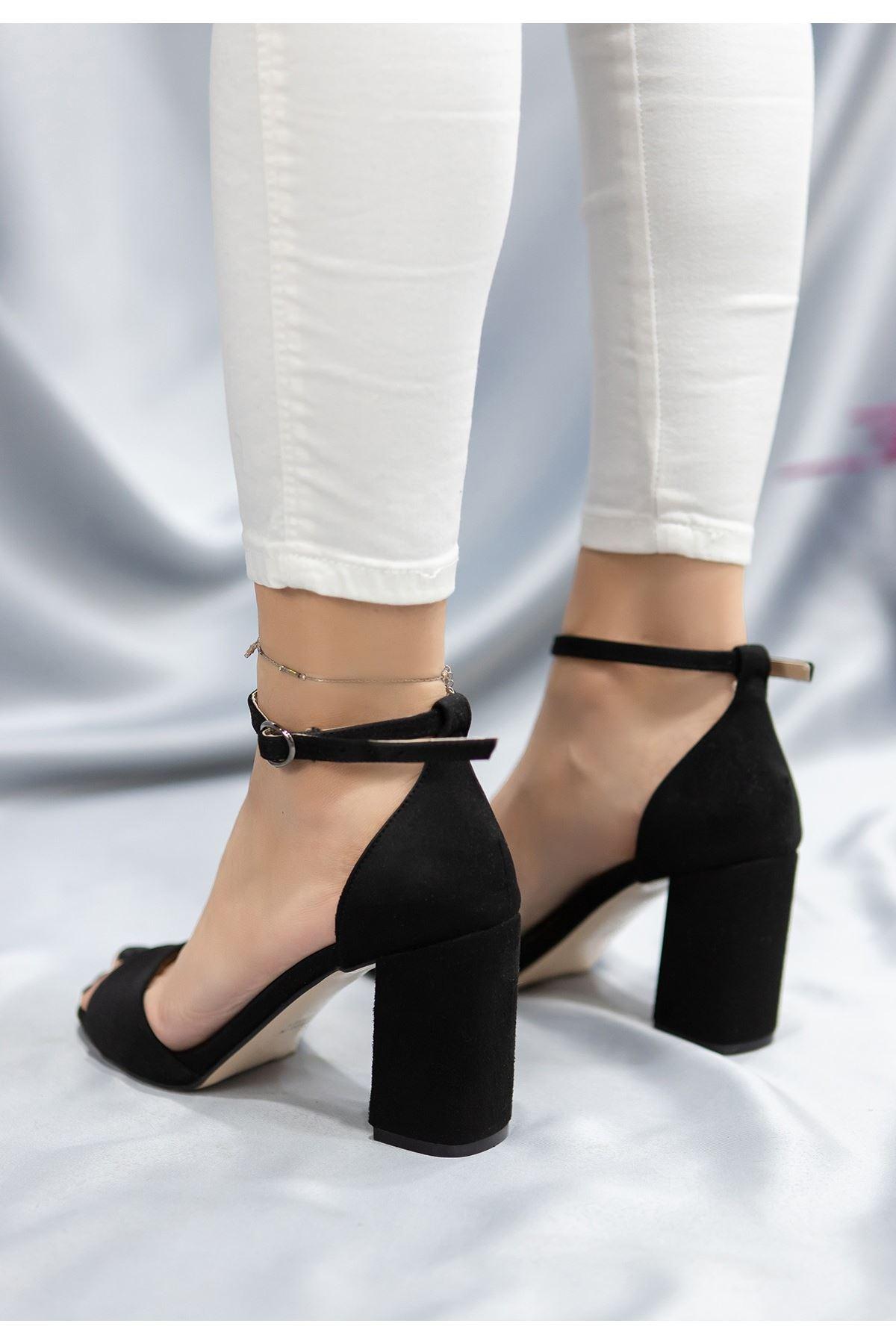 Brex Siyah Süet Topuklu Ayakkabı