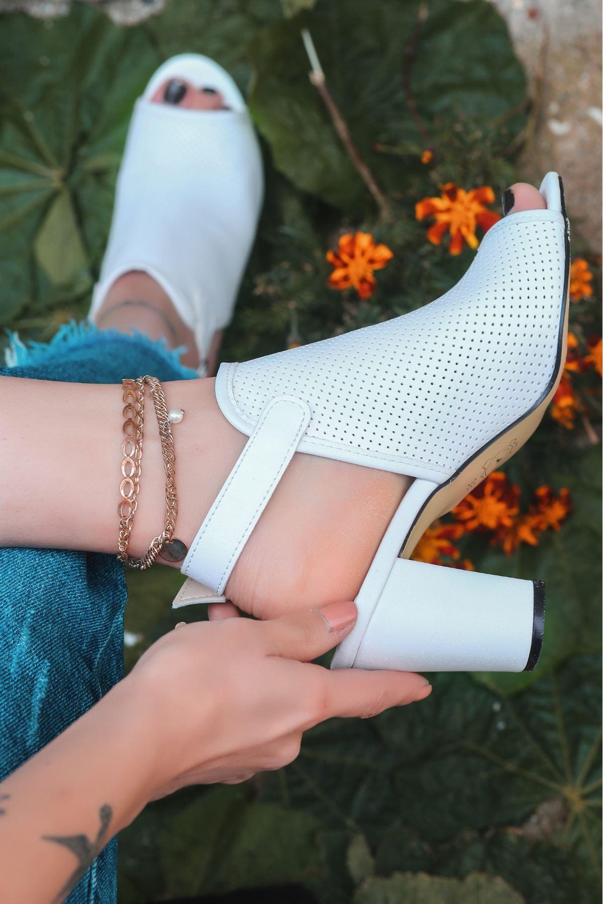 Mario Beyaz Cilt Fileli Topuklu Ayakkabı