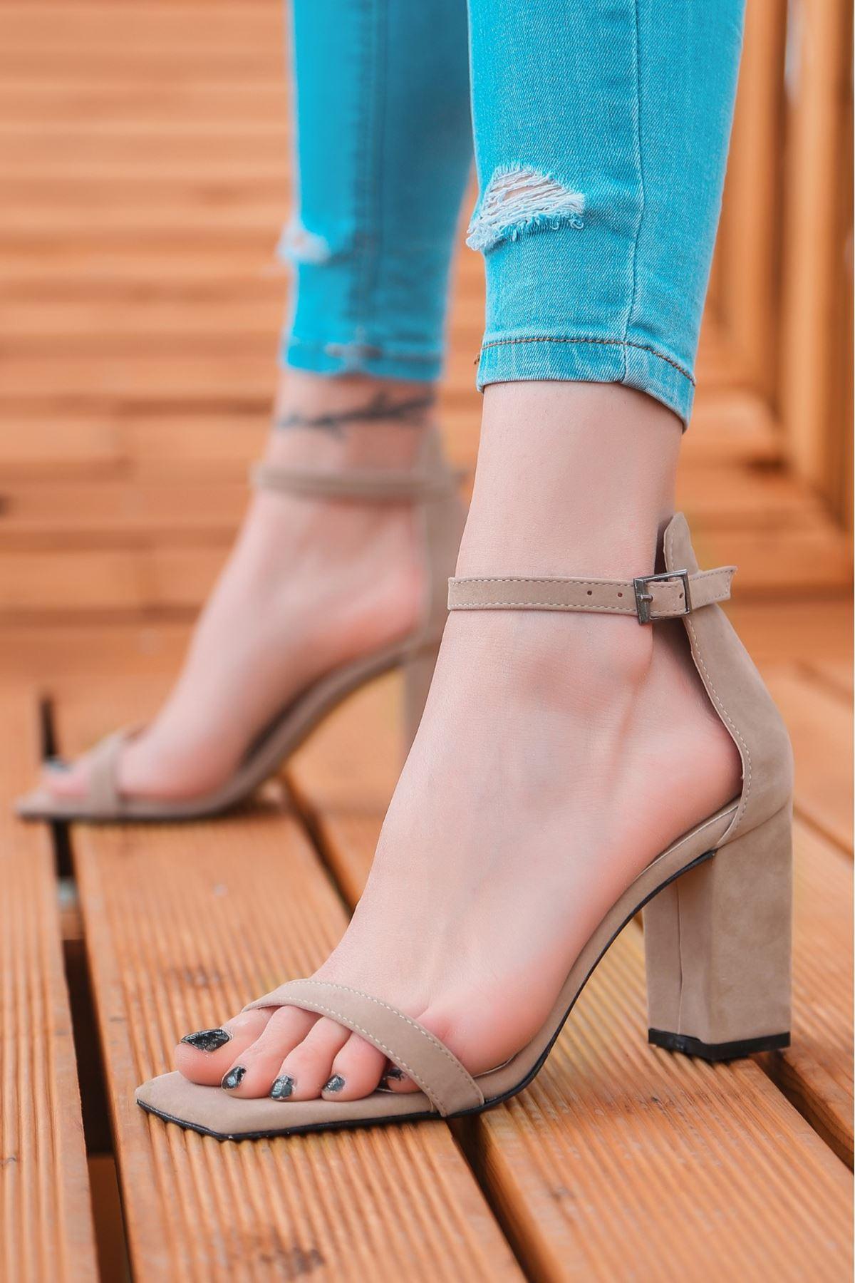 Siga Vizon Süet Topuklu Ayakkabı