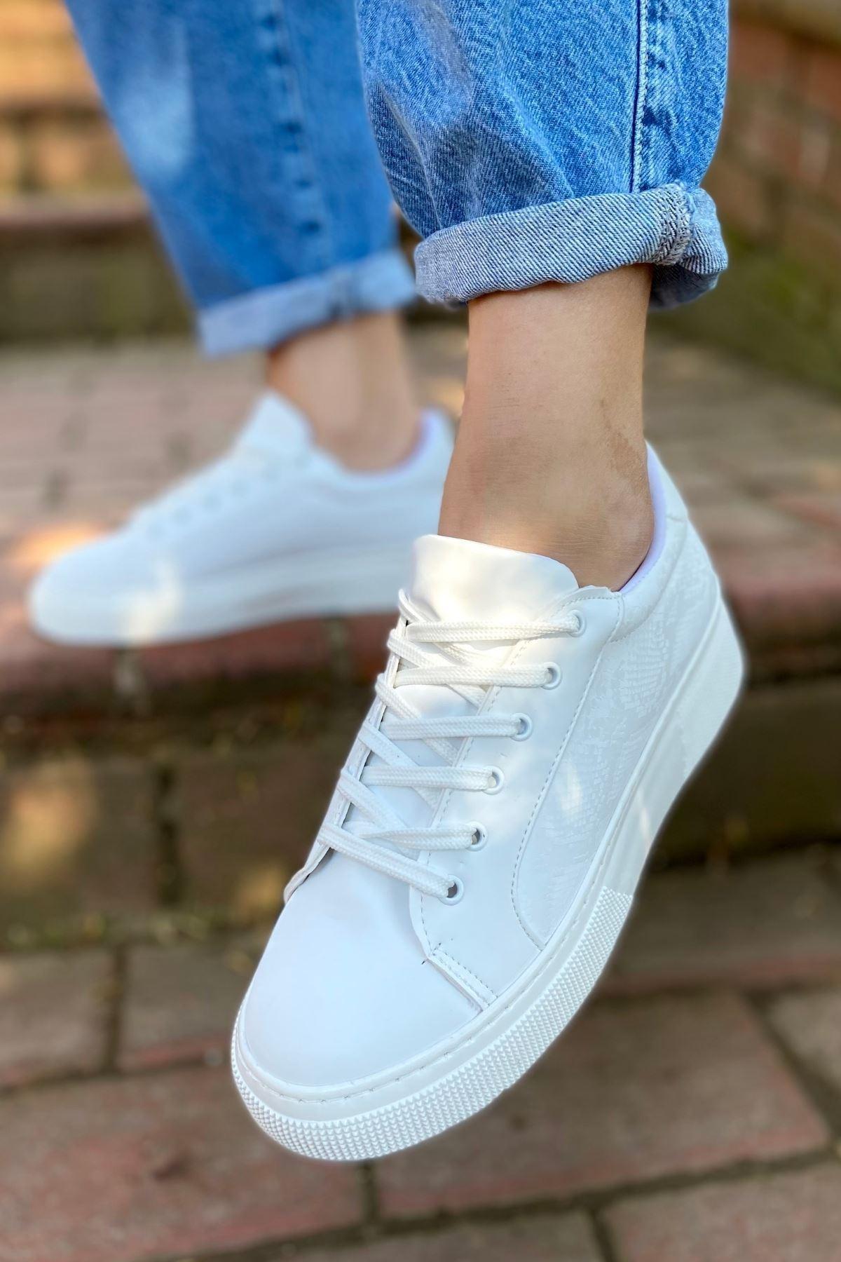 Marca Beyaz Yılan Detaylı Sneaker