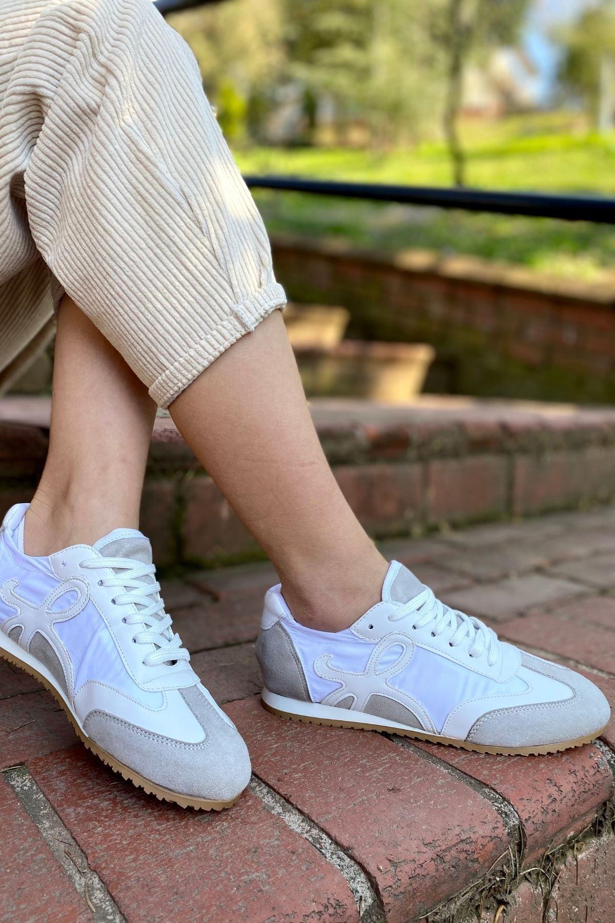 Dekon Beyaz Süet Garnili Sneaker
