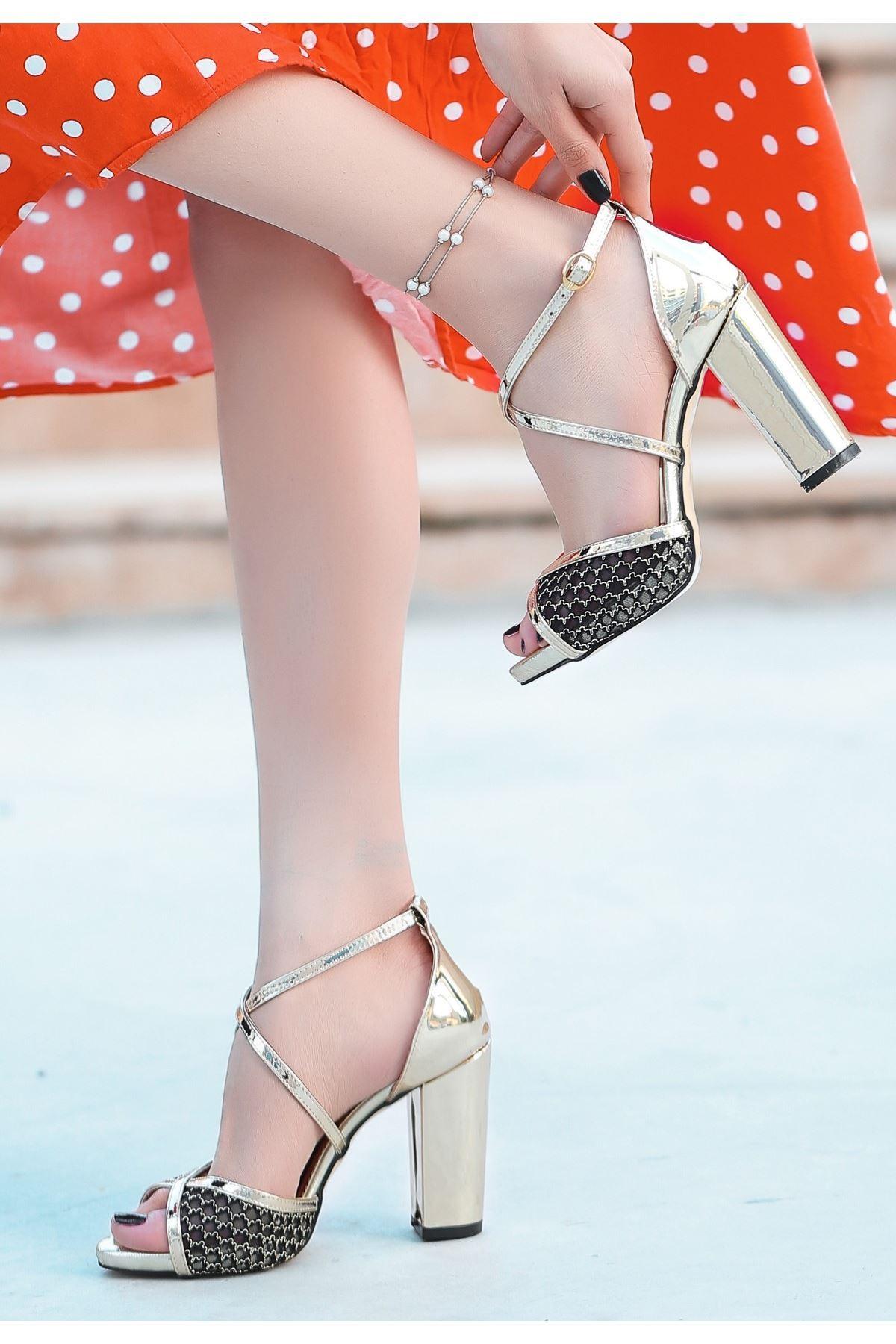 Gend Gold Rugan Dantelli Topuklu Ayakkabı