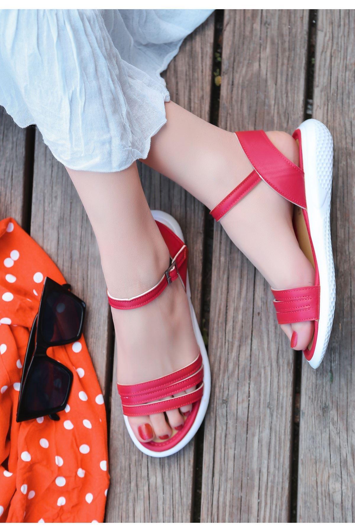 Ermi Kırmızı Cilt Sandalet