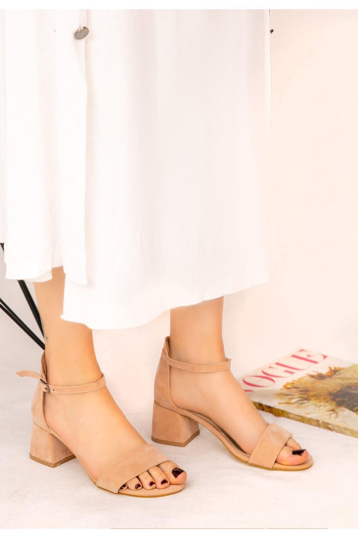 Epon Pembe Süet Tek Bant Topuklu Ayakkabı