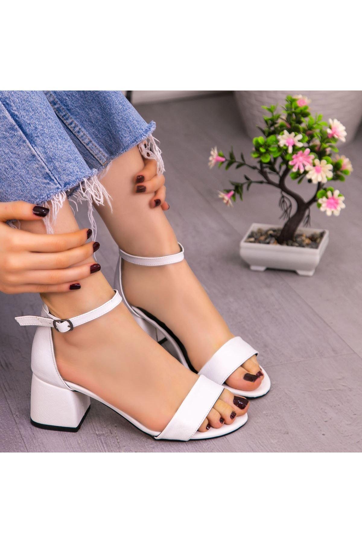 Epon Beyaz Cilt Tek Bant Ayakkabı