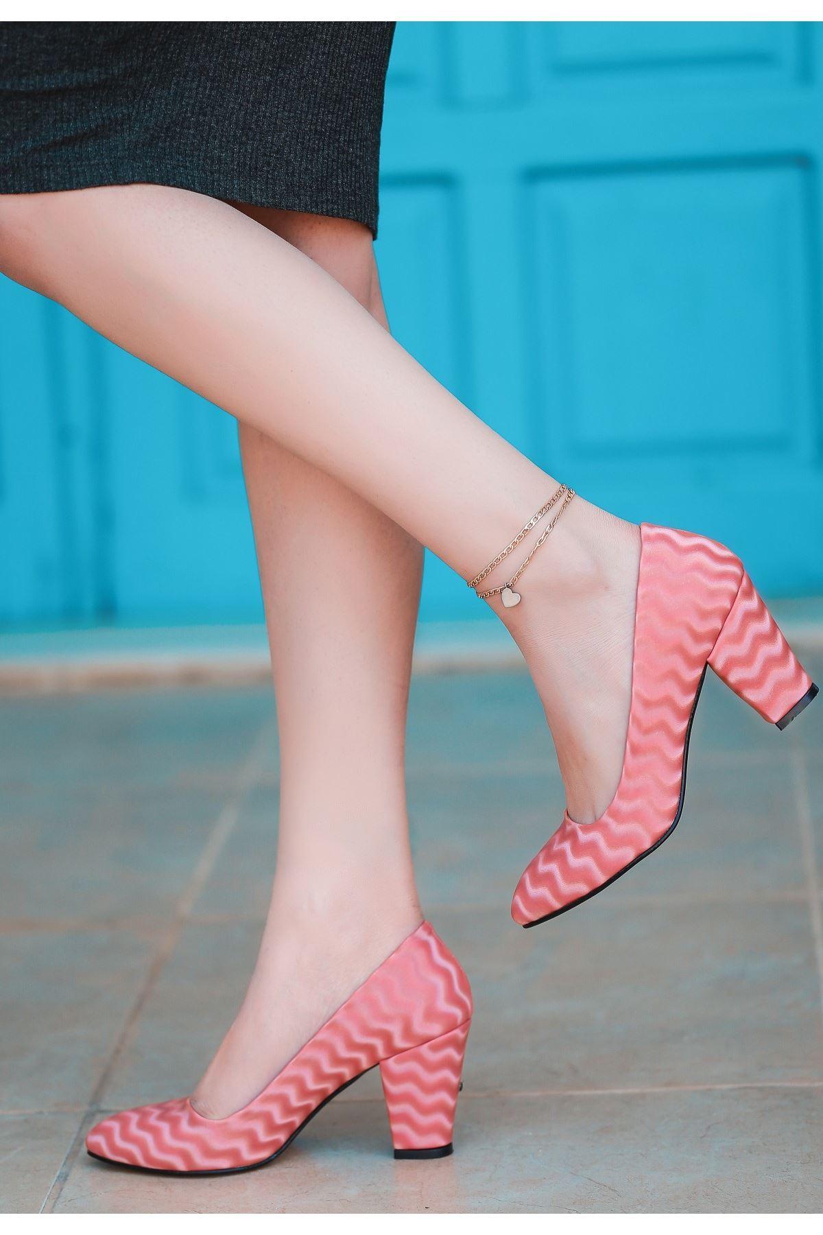 Mior Pudra Süet Desenli Topuklu Ayakkabı