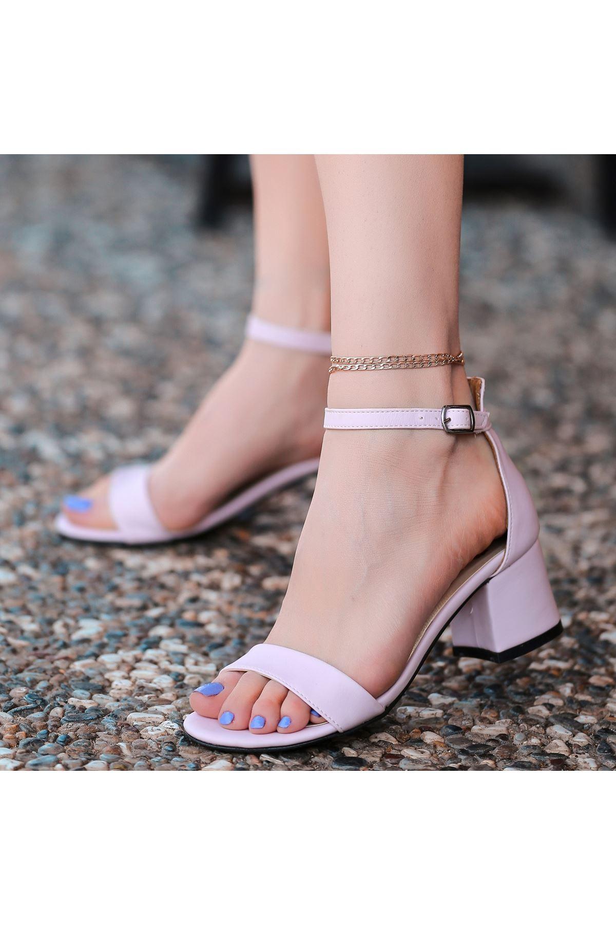 Epon Pembe Cilt Tek Bant Topuklu Ayakkabı