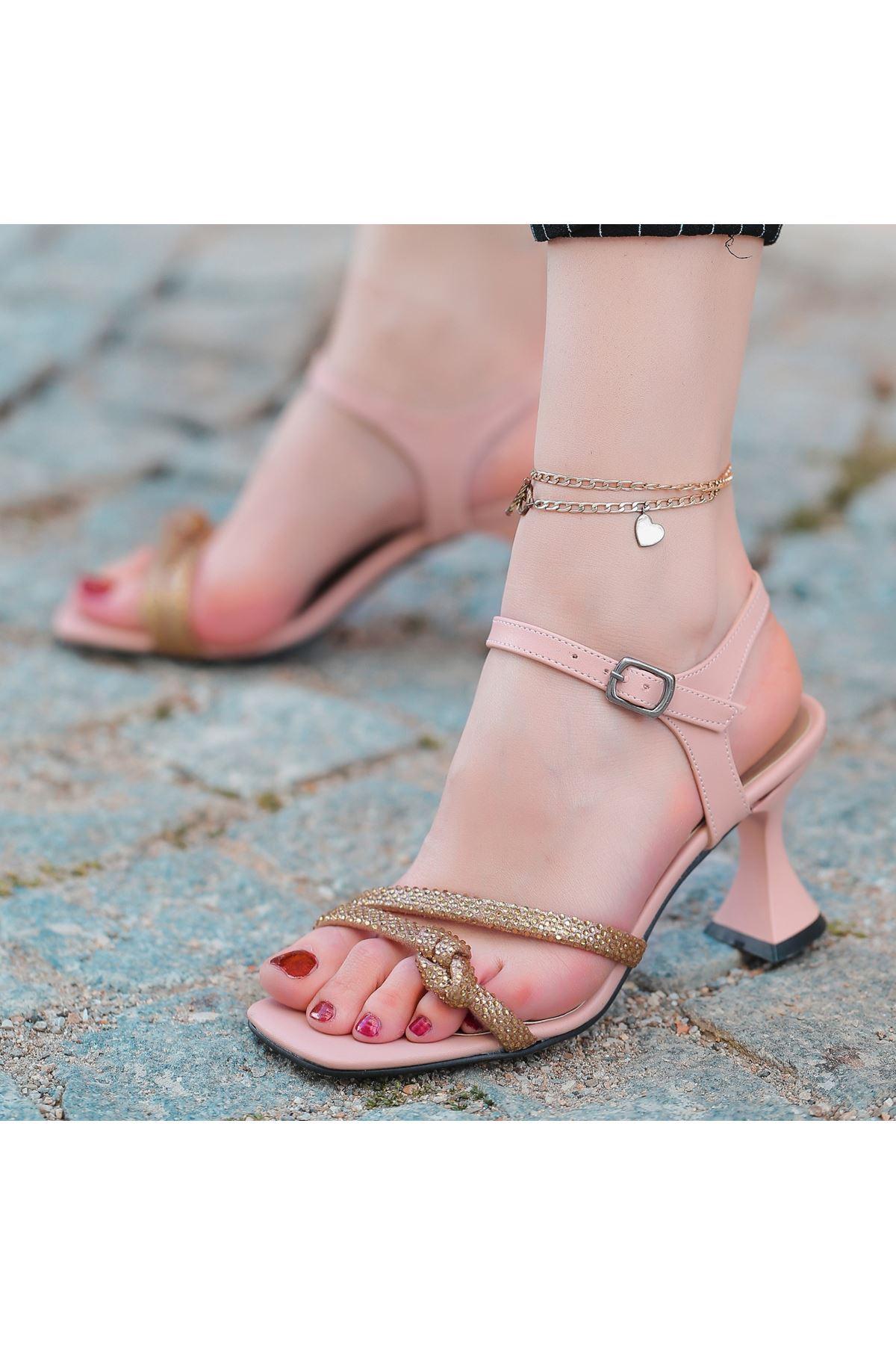 Onde Pudra Cilt Boncuk İşlemeli Ayakkabı