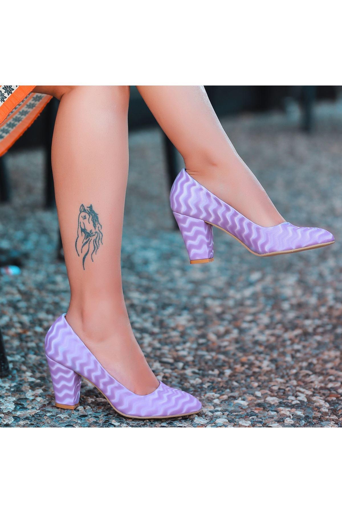 Mior Lila Süet Desenli Topuklu Ayakkabı