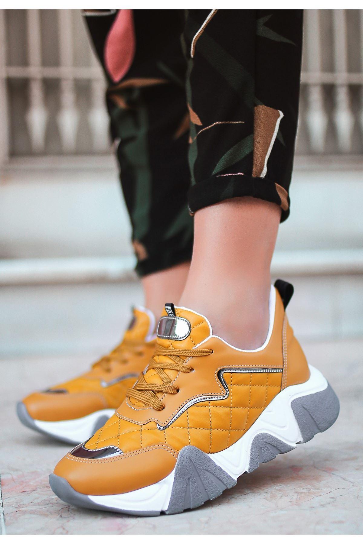 Renz Hardal Cilt Gri Tabanlı Spor Ayakkabı