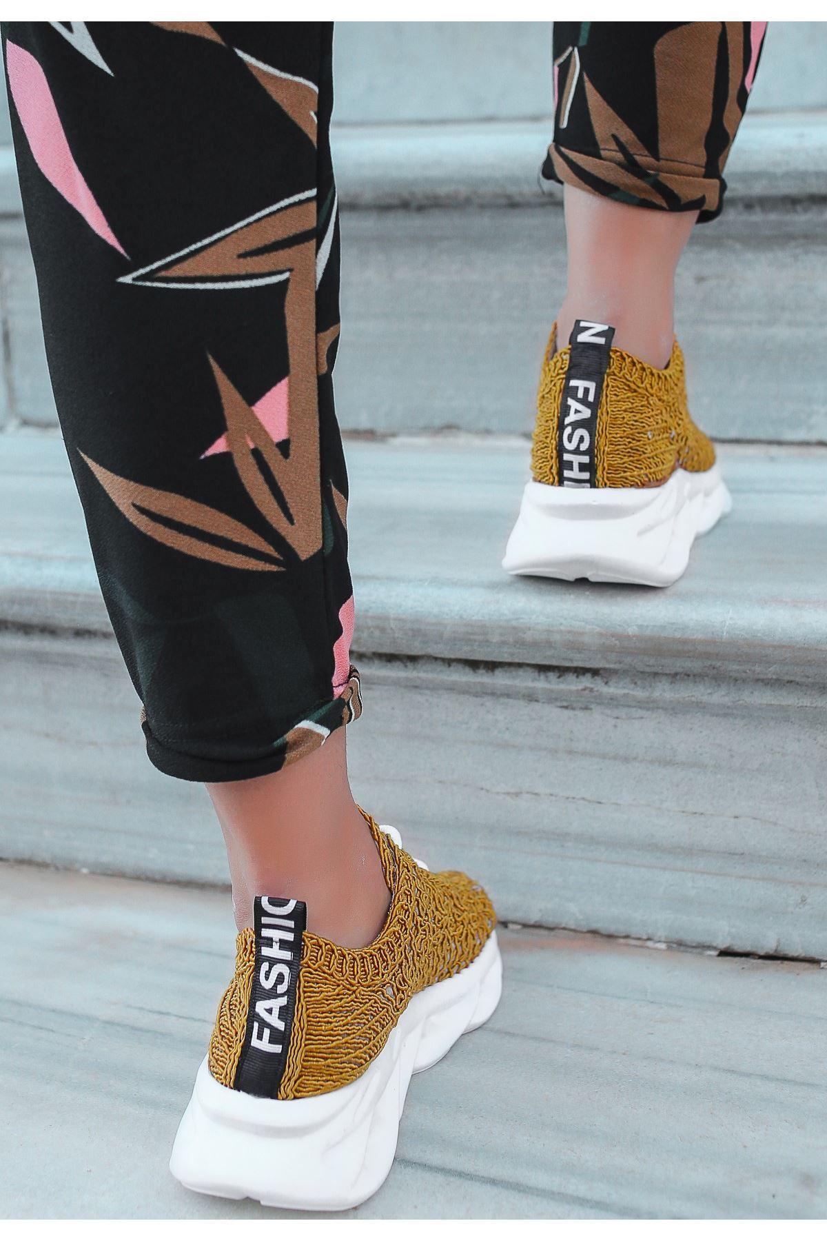 Elic Hardal Dantelli Bağcıklı Spor Ayakkabı