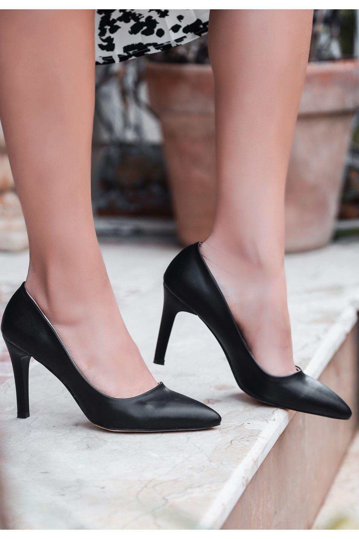 Esse Siyah Cilt Stiletto Ayakkabı