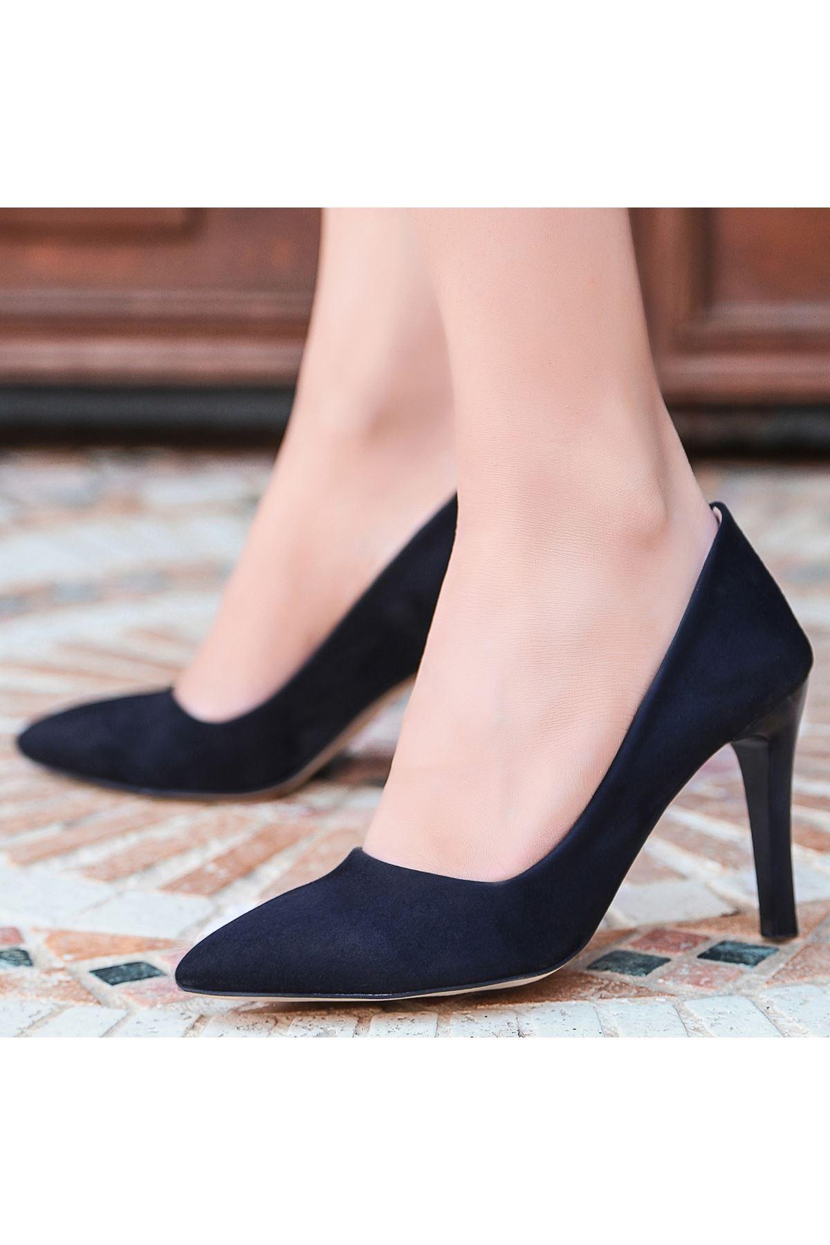 Esse Siyah Süet Stiletto Ayakkabı
