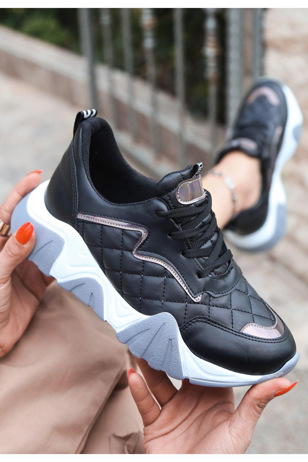 Renz Siyah Cilt Platin Detaylı Spor Ayakkabı
