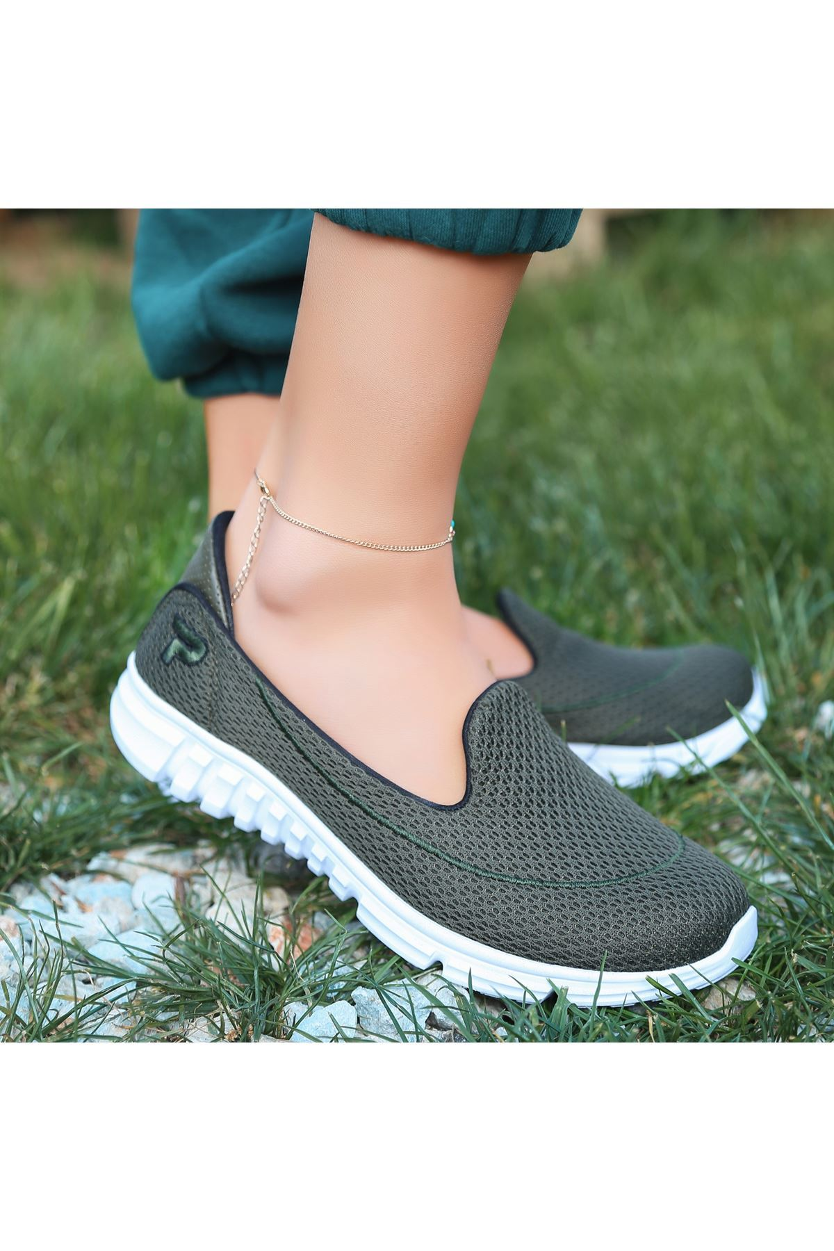 Wian Haki Yeşil Streç Spor Ayakkabı