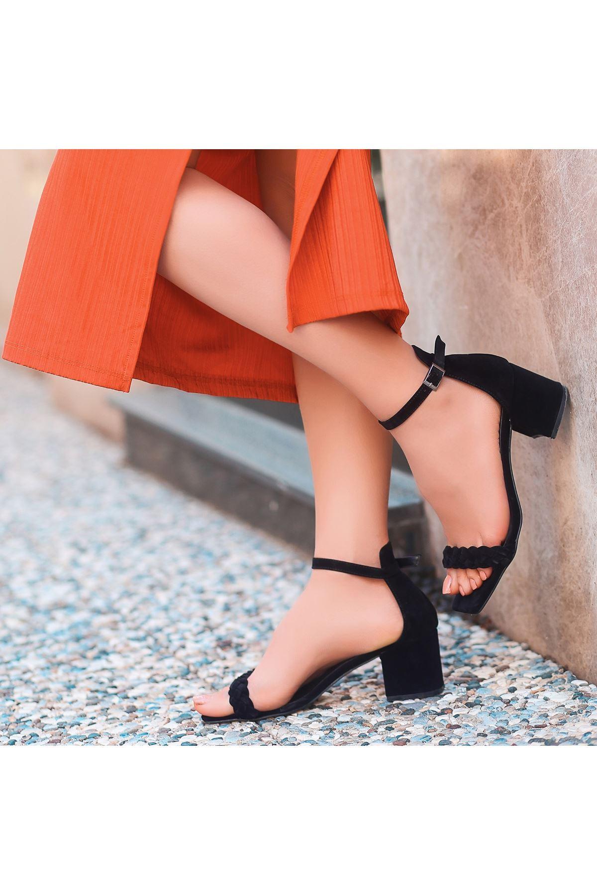 Jinda Siyah Süet Topuklu Ayakkabı
