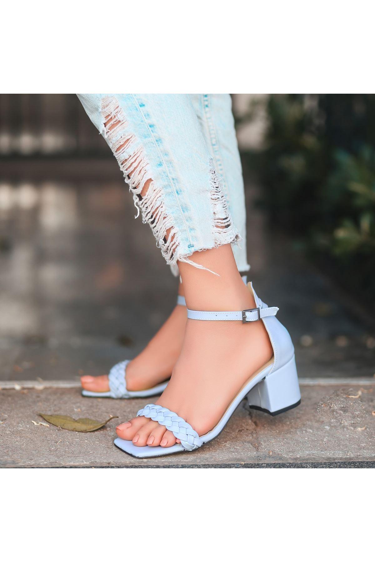 Jinda Bebe Mavisi Cilt Topuklu Ayakkabı