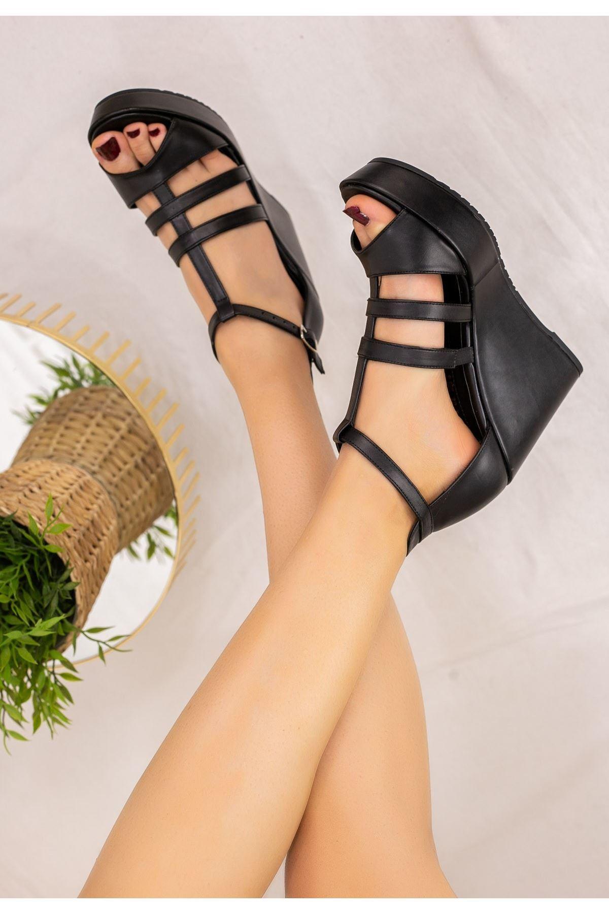 Iren Siyah Cilt Dolgu Topuk Sandalet