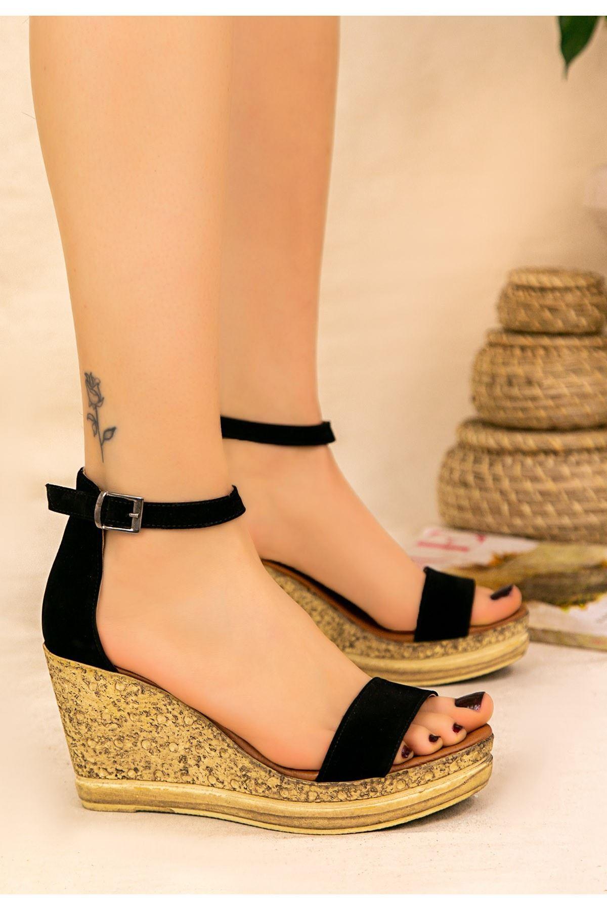 Dran Siyah Süet Dolgu Topuk Sandalet
