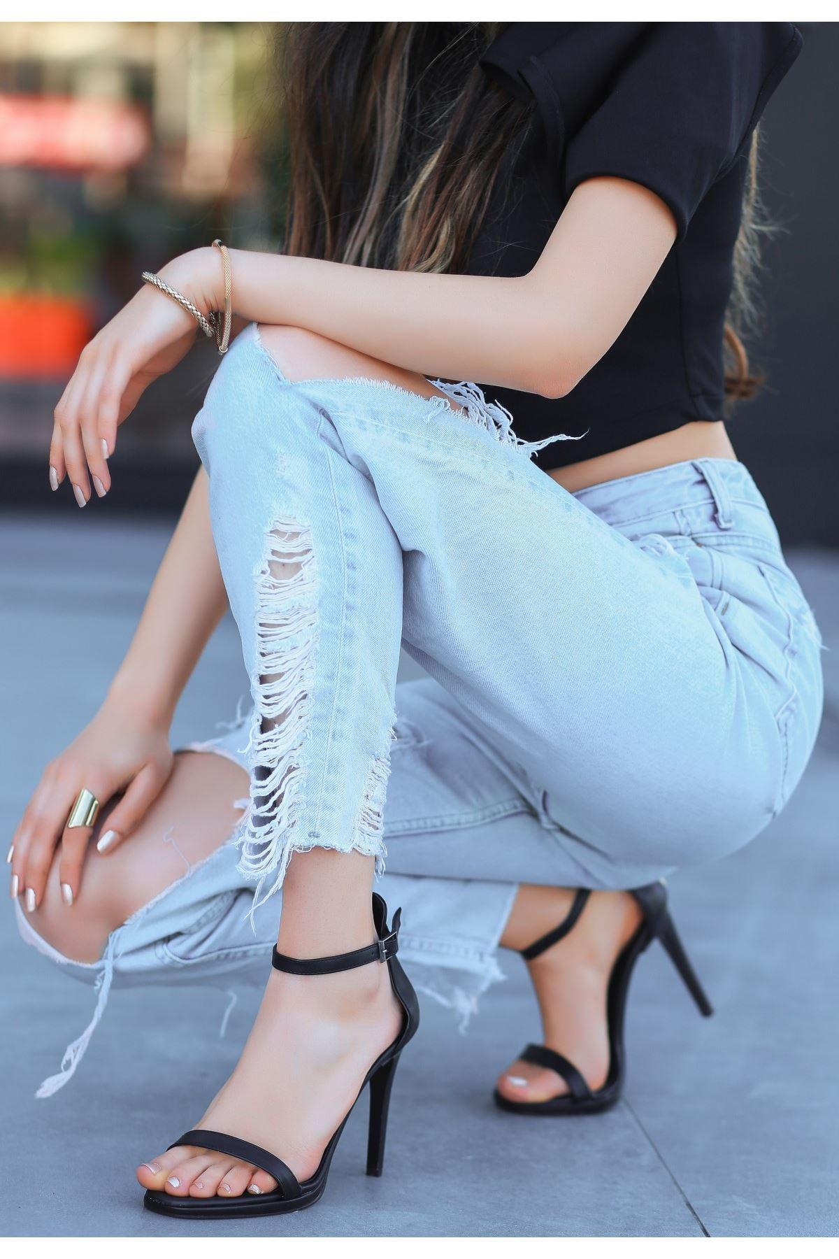 Eica Siyah Cilt Topuklu Ayakkabı