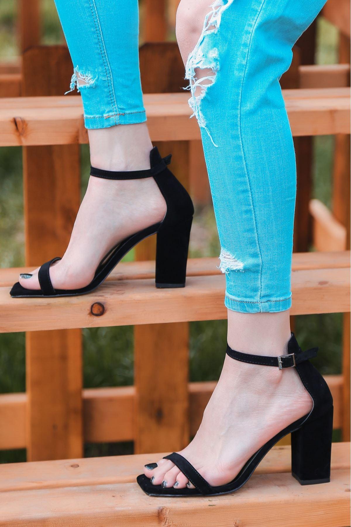Siga Siyah Süet Topuklu Ayakkabı