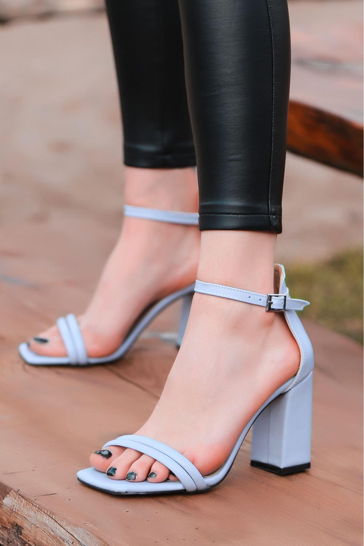 Esga Bebe Mavisi Cilt Topuklu Ayakkabı