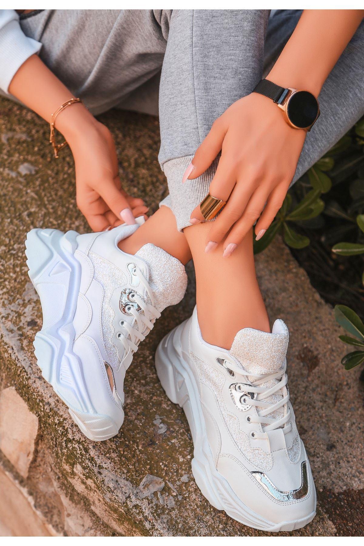 Meya Beyaz Cilt Simli Spor Ayakkabı