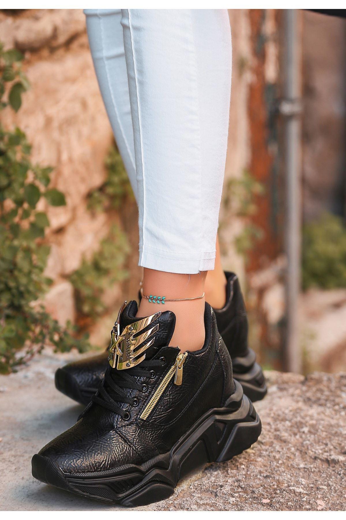 Xila Siyah Cilt Bağcıklı Spor Ayakkabı