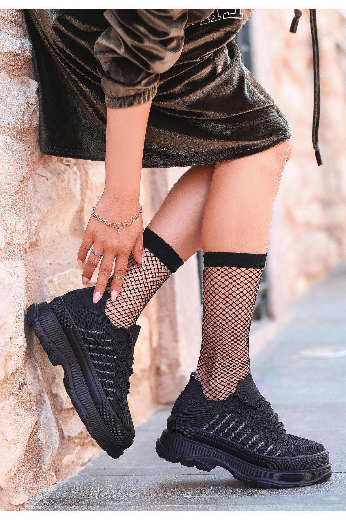 Cosie Siyah Triko Bağcıklı Spor Ayakkabı