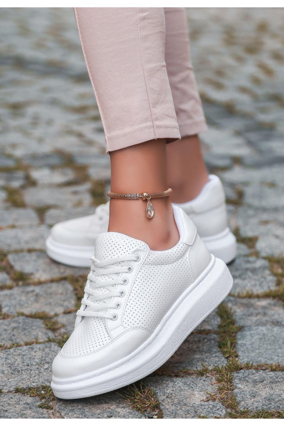 Voni Beyaz Cilt Fileli Bağcıklı Spor Ayakkabı