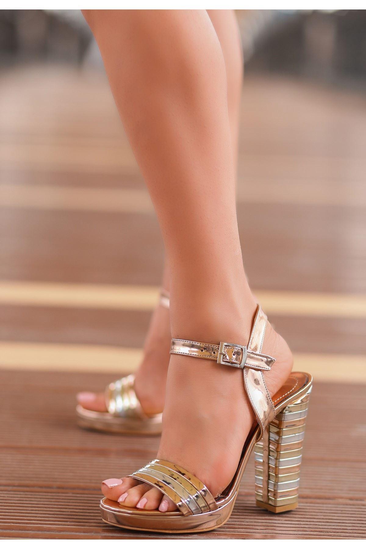Brew Rose Rugan Topuklu Ayakkabı