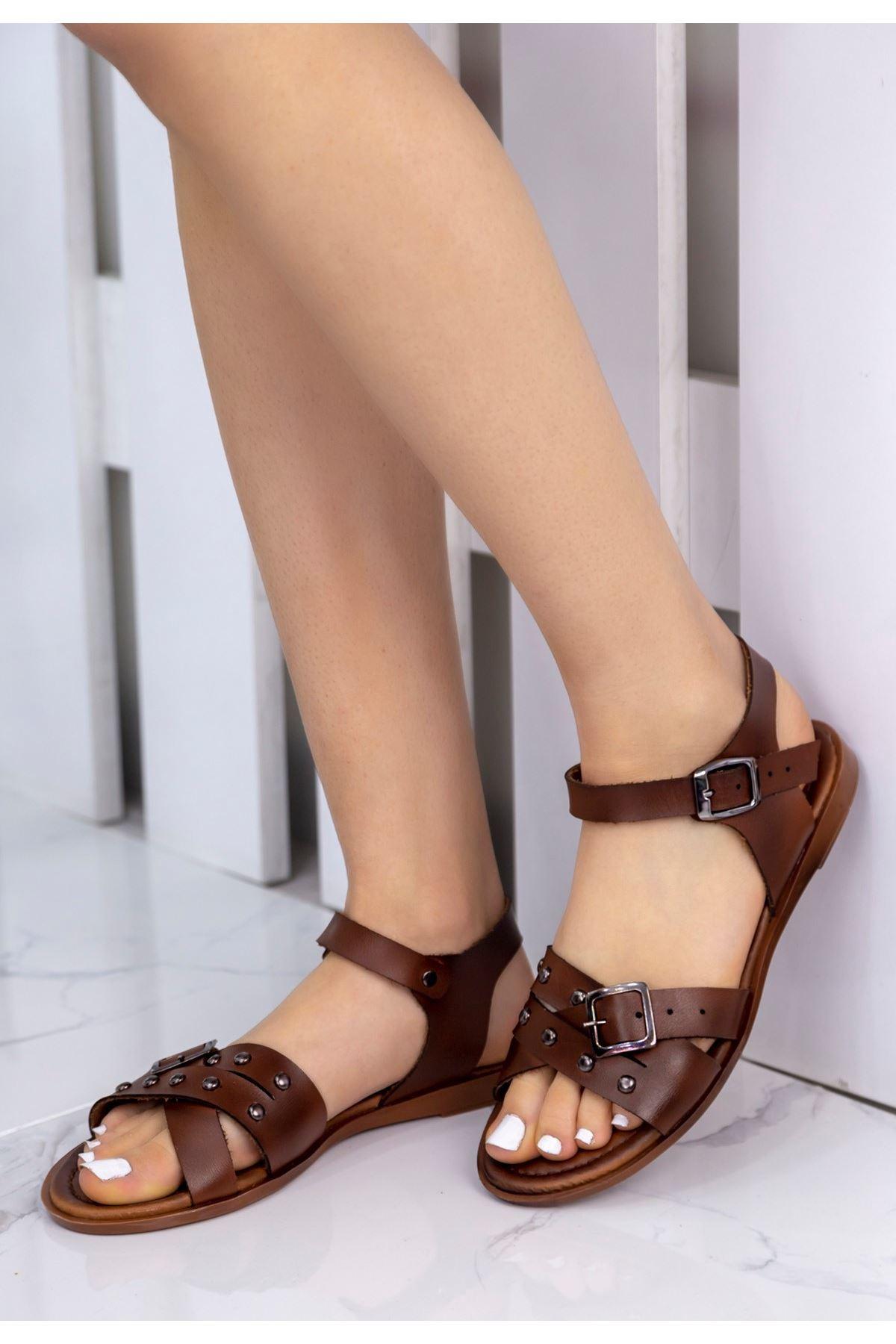Beth Taba Zımbalı Sandalet