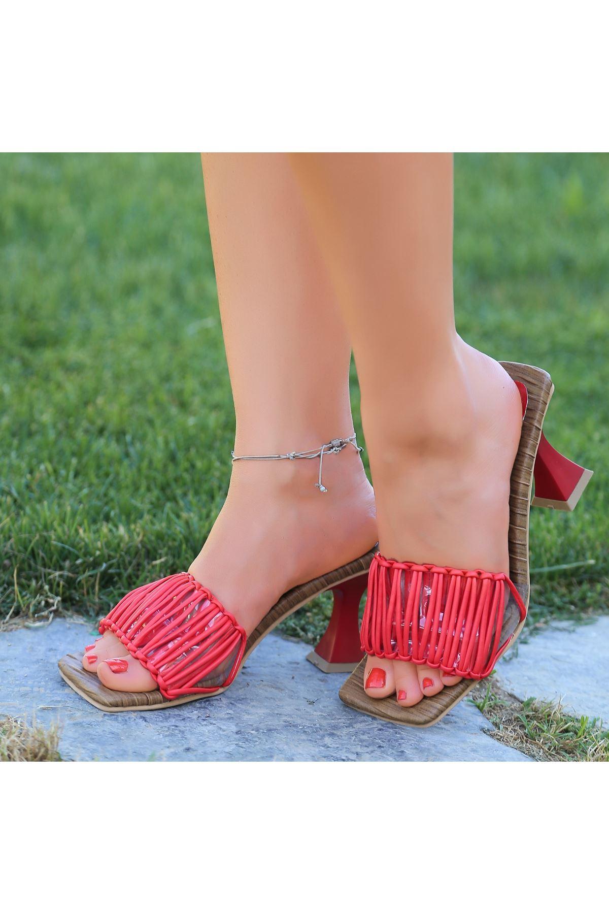 Donc Kırmızı Cilt Topuklu Terlik