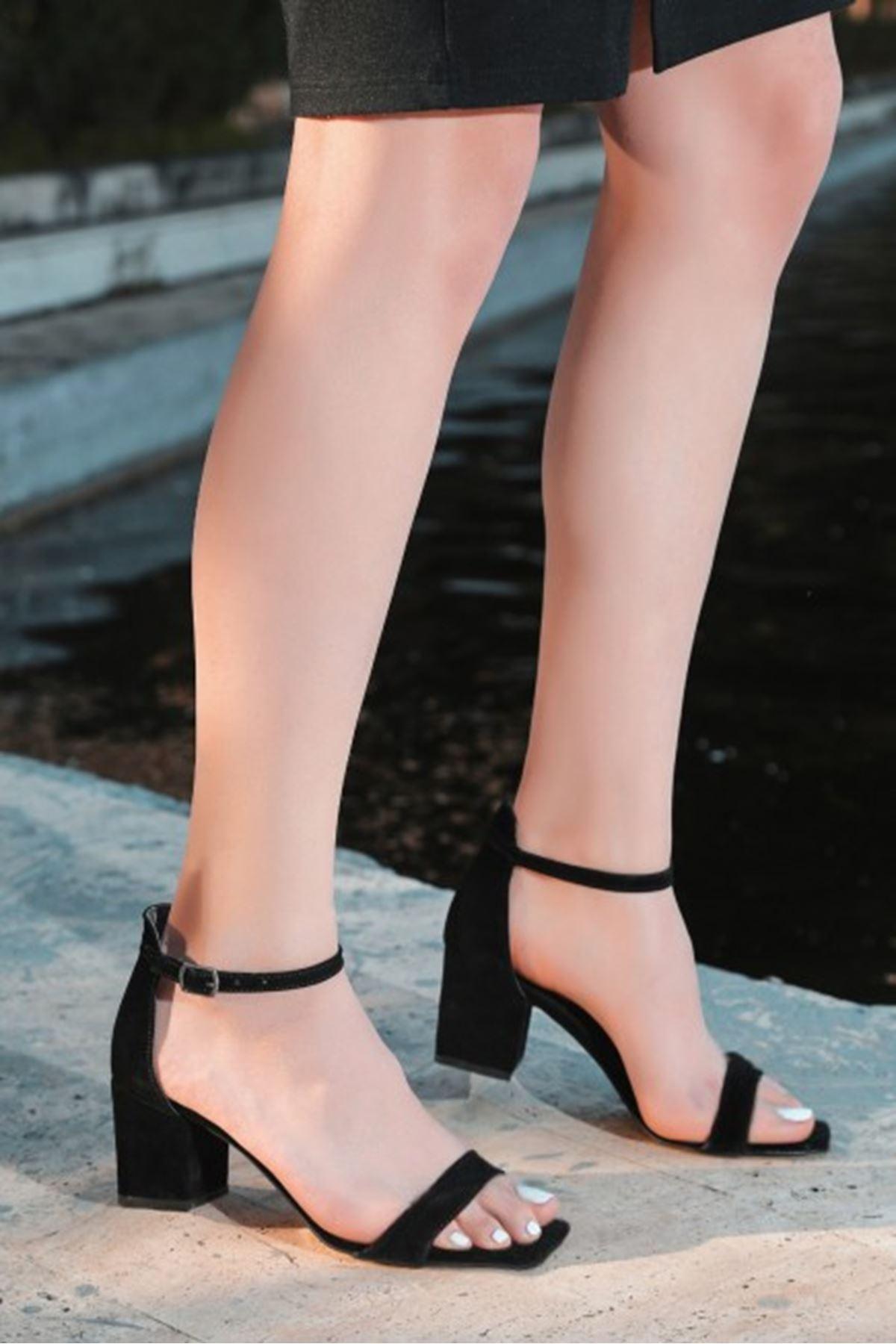 Ronk Siyah Süet Topuklu Ayakkabı